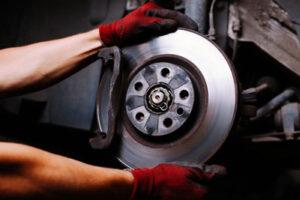 Brake repair shop in Leland NC Geocode: @34.2153851,-78.0160862